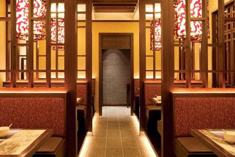 中式餐廳裝修效果圖,有一種向往自然的溫馨感受